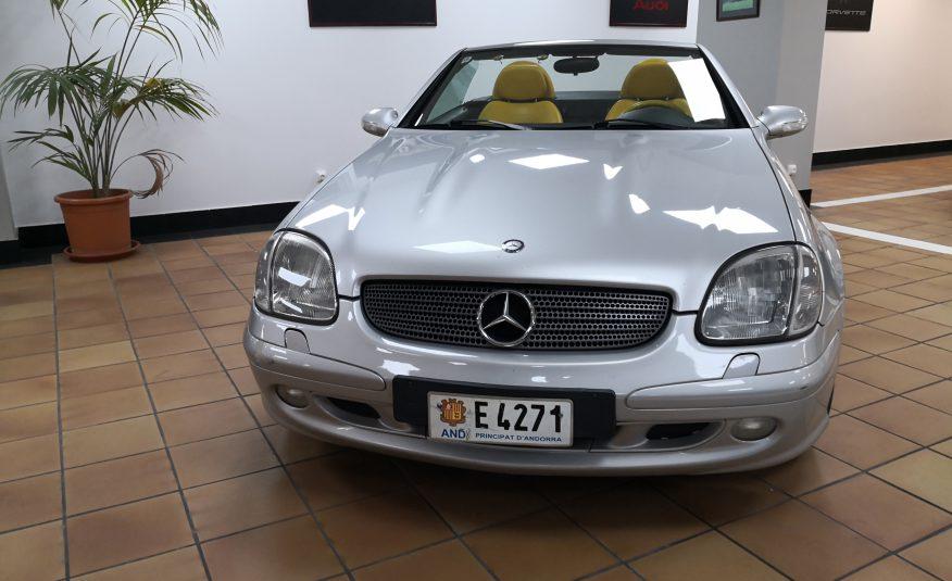 2001 Mercedes SLK 320